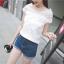 เสื้อผ้าชีฟอง ชนิดเนื้อย่น สีขาว ผ้ายืดหยุ่นได้ คอเสื้อและไหล่ เป็นผ้าลูกไม้ปักลายตามแบบ thumbnail 2