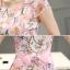 ชุดเดรสชีฟอง ผ้าเนื้อดี มีลายเส้นในตัว พื้นสีขาว พิมพ์ลายดอกไม้โทนสีชมพู thumbnail 7