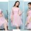 ชุดราตรีสั้น สีชมพูออกงานสวยๆ ตัวเสื้อผ้าลูกไม้สีชมพูอ่อน แต่งระบายแขนเสื้อด้วยผ้ามุ้งยาว thumbnail 2