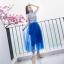 ชุดเดรสยาว ตัวเสื้อผ้าไหม silk สีขาว ปักด้วยด้านสีน้ำเงินตามแบบ thumbnail 4