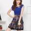 ชุดเดรสออกงานเกาหลี Brand Huiliya ชุดเดรสซีฟอง ตัวเสื้อผ้าชีฟองเนื้อดี สีน้ำเงิน คอบัว กระโปรงผ้าคอตตอนผสมเนื้อนุ่มลายกราฟฟิก สวยมากๆครับ (พร้อมส่ง) thumbnail 2