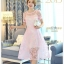 ชุดเดรสสวยๆ ผ้าไหมแก้ว organza เนื้อผ้าเงาวิ้ง ลายใบไม้สีชมพู สวยมากๆ thumbnail 1