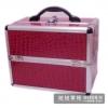 (preorder)กล่องเครื่องสำอางค์ ขนาดกลาง หนังจระเข้ PVC สีแดง