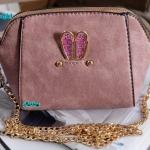 พร้อมส่ง KB-628-2 สีม่วงอ่อน กระเป๋าสะพายไซร์มินิน่ารักสายสะพายโซ่แต่งอะไหล่ Glitter-rabbit หนังช้าง เนื้อสวยมาก