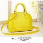 กระเป๋าถือและสะพาย แฟชั่นเกาหลี ALbeni แท้ สีเหลืองอ่อน-ลายหนังจระเข้