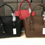 CHARLES & KEITH LARGE GUSSETED TOTE กระเป๋าอยู่ทรง (size L) มี 3 สี