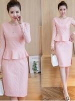 ชุดสีชมพู set เสื้อ และกระโปรงสวยหวาน น่ารักสุดๆ