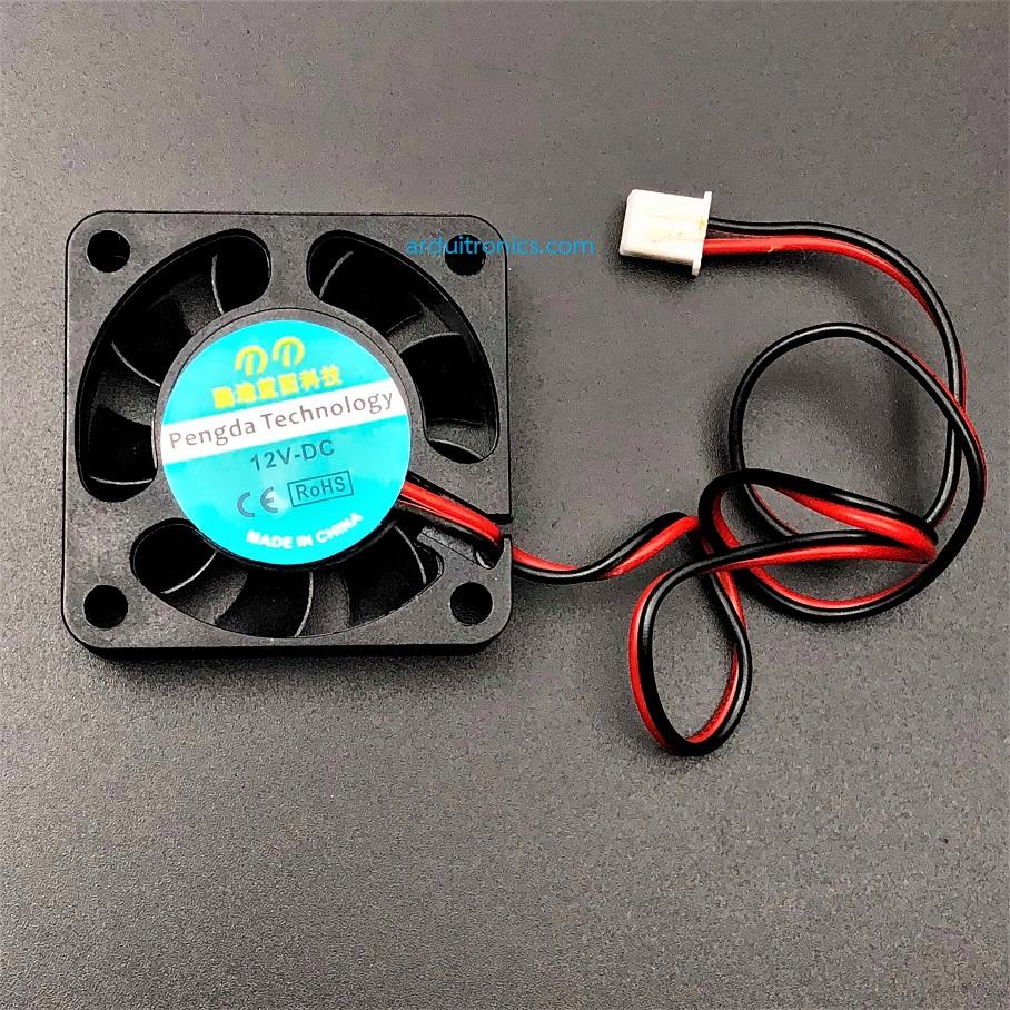 พัดลมระบายความร้อน 12V ขนาด 4x4cm สายไฟ 2 เส้น