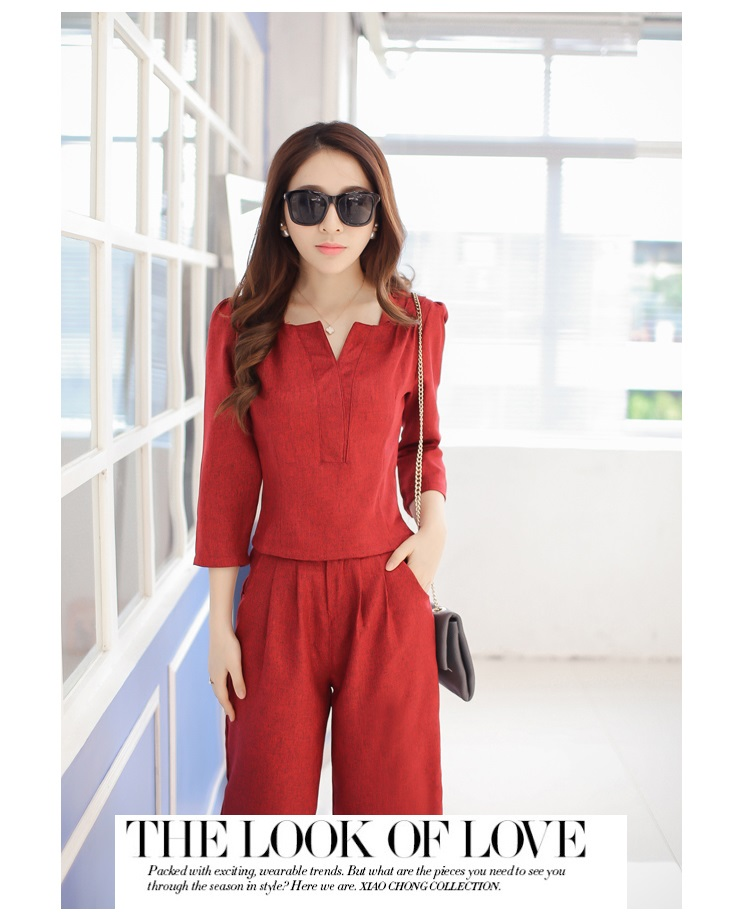 เสื้อผ้าแฟชั่น set 2 ชิ้น เสื้อ และกางเกง สีแดงเลือดหมู