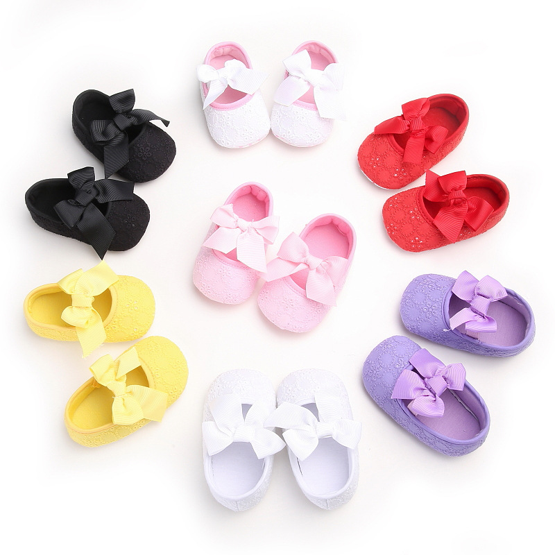 รองเท้าเด็กหัดเดินลายถัก ประดับโบว์ มีพื้นกันลื่น รหัส MKS002