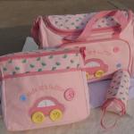 กระเป๋าสัมภาระคุณแม่ รูปรถสีชมพู มี 3 ชิ้น