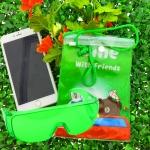 ซองกันน้ำใส่โทรศัพท์ ลายการ์ตูน ไลน์ คู่ แว่นตากันน้ำ สีเขียวอ่อน
