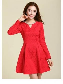 ชุดเดรสสั้น Brand Ya nan ชุดเดรสผ้าฝ้ายผสม ทอลาย แขนยาว สีแดง พร้อมสร้อยสีเงินติดคอเสื้อ สวยมากๆครับ (พร้อมส่ง)