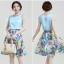 เสื้อผ้าแฟชั่น Set 2 ชิ้น/ เสื้อผ้าไหม เนื้อมันเงาสีฟ้า แขนกุด กระโปรงผ้าชีฟองชนิดด้าน พิมพ์ลายดอกไม้ thumbnail 4