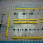 Resistor Pack 1% ขนาด 1/4W 600 ชิ้น 30 ค่า